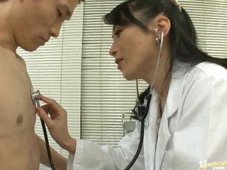 Cock-Loving Oriental MILF Natsumi Kitahara Tit Fucks a Patient