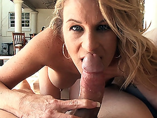 Hawt Golden-haired MILF Gianna Phoenix Sucks and Bonks a Big Dick Outdoors