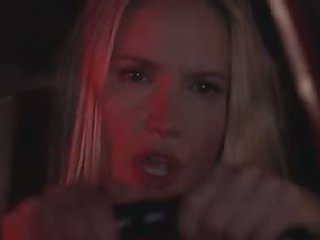 Exceedingly Hawt Blonde Babe Kelly Lynch Driving Around Town
