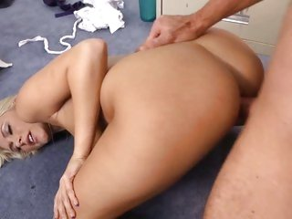 Seductive Katie Summers gets rutted up her snatch
