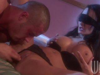 Kinky Brunette Alektra Blue Wants To Be Fucked Blindfolded