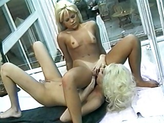 Two blonde whores gone obscene and horny