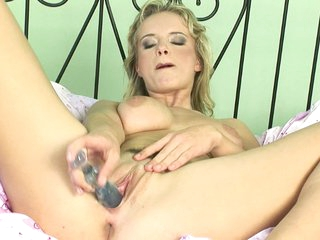 Peach can't live without to take toys and make herself cum by putting 'em in her pussy