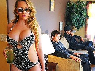 Big-tit blonde cheating wife undresses then ass fucks guard