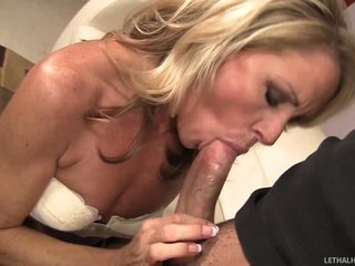 Sexy MILF Nikki Charm gives each kind of oral job fun