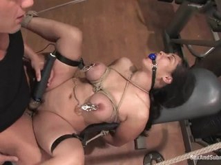 Asian loves getting tied up and enjoys the fucking of her life