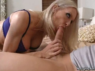 Sizzling sexy Emma Starr stuffs her face hole with a thick shaft and enjoys it