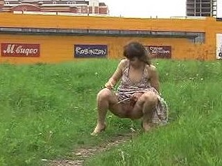 Sexy outdoor peeing