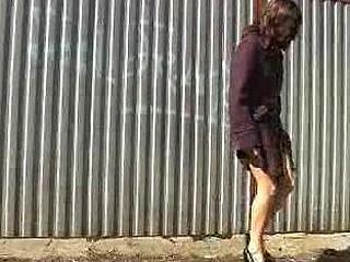 Cuties peeing movie scene