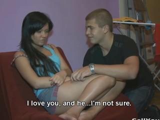 His gf copulates like a prostitute
