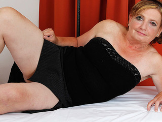 Filthy chubby mature whore is blowing this fat and fresh boner