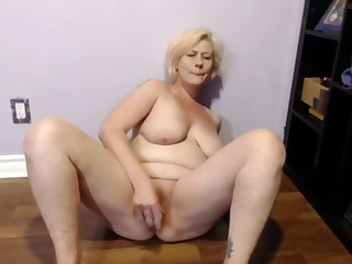 Sexy Slut Squirting Orgasms