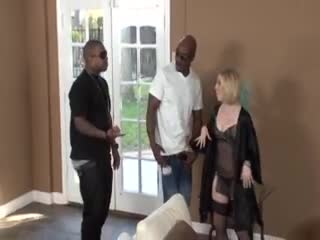 Housewife welcomes to black guys to fuck her